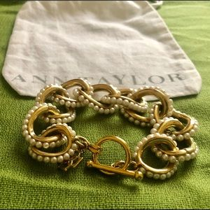 Ann Taylor pearl/gold toggle bracelet